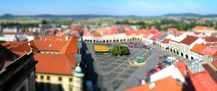 Jíčínské náměstí.